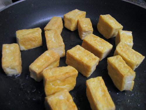 pan-frying tofu