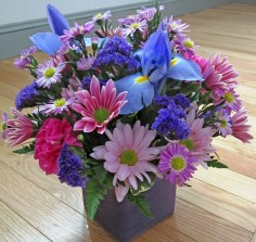 Spring Floral Arrangement - Lisa Greene, AAF, AIFD, PFCI