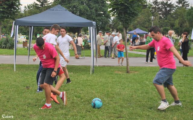 Vino să susții voluntarii la meciul de fotbal din cadrul Openparkfestival!