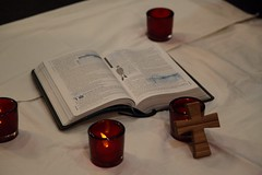 Prayer vigil sit-in at Joe Hockey's North Sydney office
