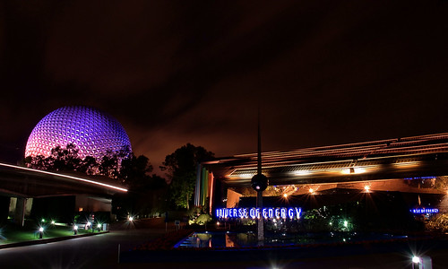 Disney - Universe of Energy, Spaceship Earth and a Streaking Monorail