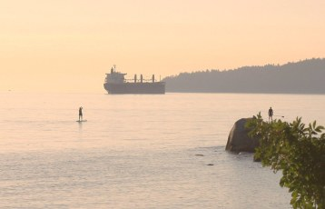 From Dundarave beach in West Van looking west towards Lighthouse Park