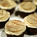 Faux Wood Coffee Chocolate Cupcakes
