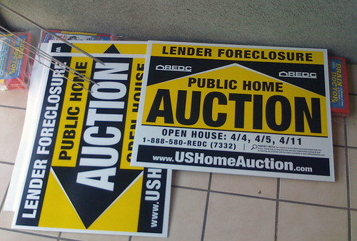 Foreclosure auction signs