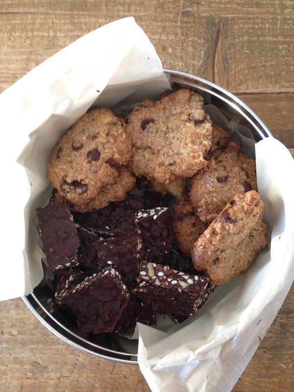 Almond Power Cookies and Goji Chia Chocolate Crunch Bats