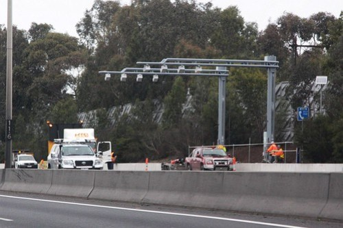 New speed cameras installed over the inbound lanes of the Monash Freeway