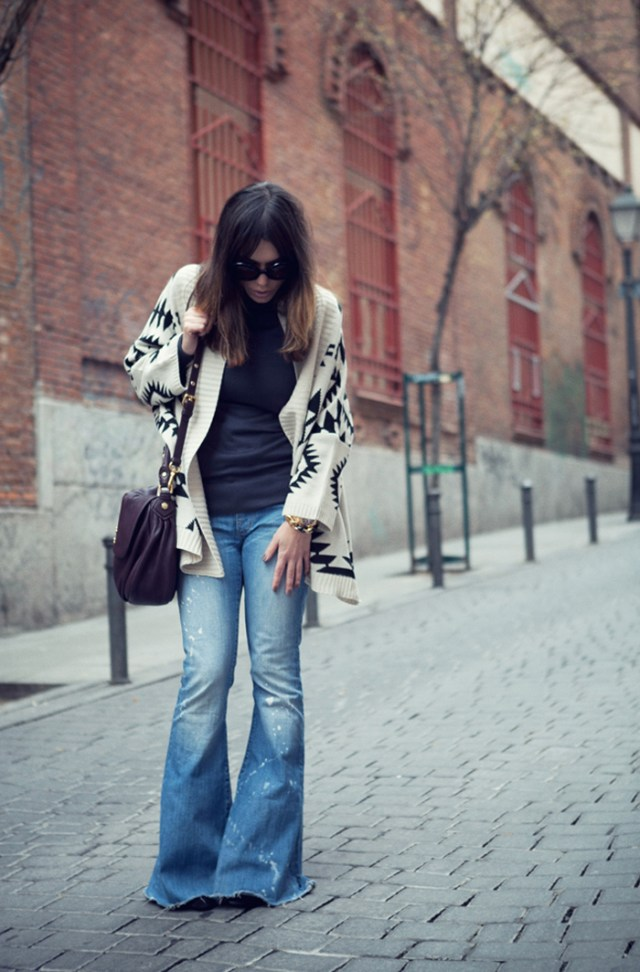 street style barbara crespo the poncho review fashion blogger outfit