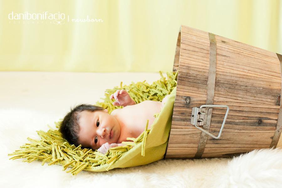 danibonifacio-book-ensaio-fotografia-familia-acompanhamento-bebe-estudio-externo-newborn-gestante-gravida-infantil4