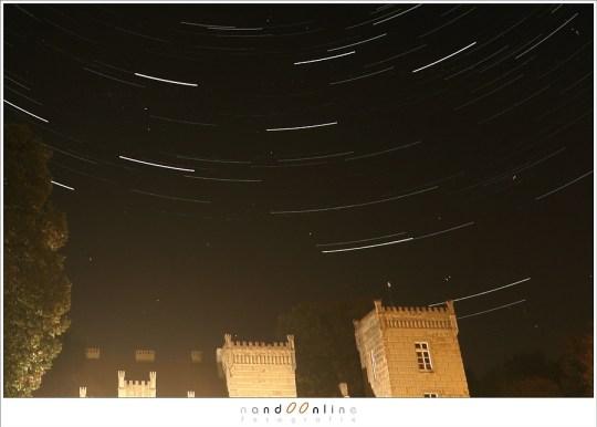 Hot pixels in de sterrensporen foto
