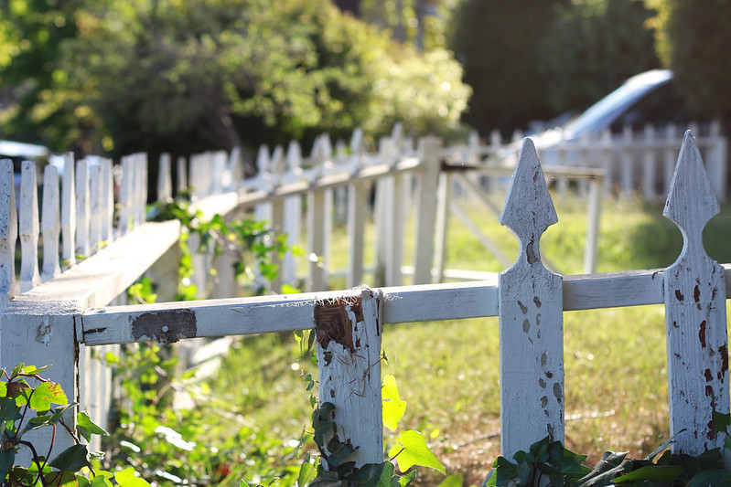 picket fence, mill valley