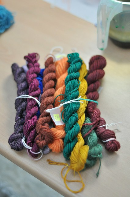 Dyeing sample skeins