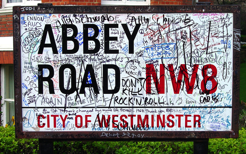 Cartel pintado de la calle Abbey Road