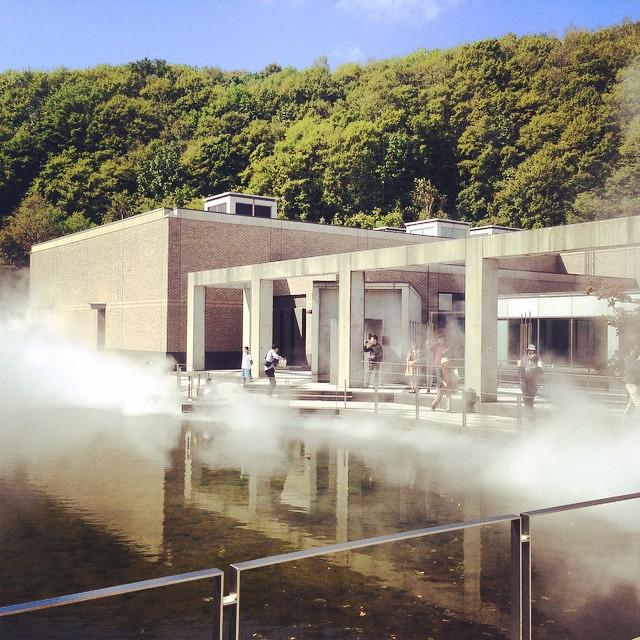 大自然をバックに中谷芙二子さんの FOGSCAPE #47412 #札幌国際芸術祭