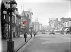 View of Hastings Street, looking west from Columbia Street, 1912 (COV Archives – SGN 1536)