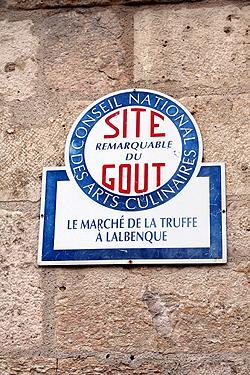 lalbenque market sign