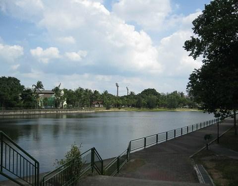 Calm waters of Kallang Riverside