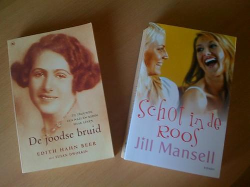 Gisteren nog een paar leuke boeken op de kop getikt...