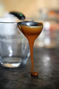 caramel spoon