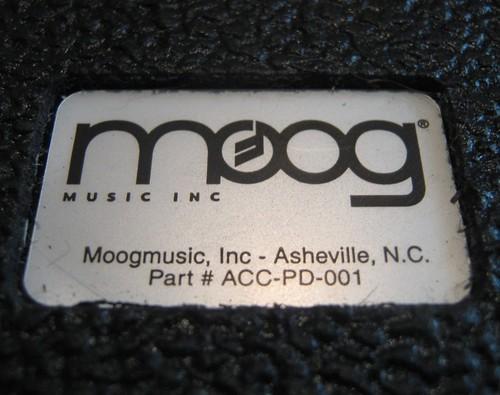 Logo de Moog Music Inc