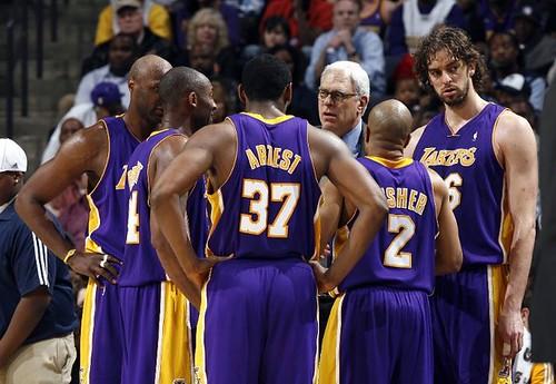 Grizzlies Lakers record Kobe
