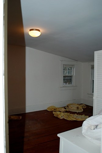 upstairs right bedroom