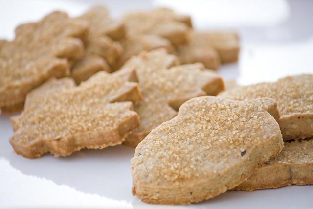 Maple Walnut Leaf Cookies