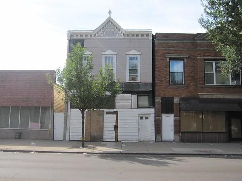 Cool Building, 4243 W. Armitage: Regional Bike Ride Chicago