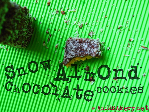 snow almond chocolate cookies