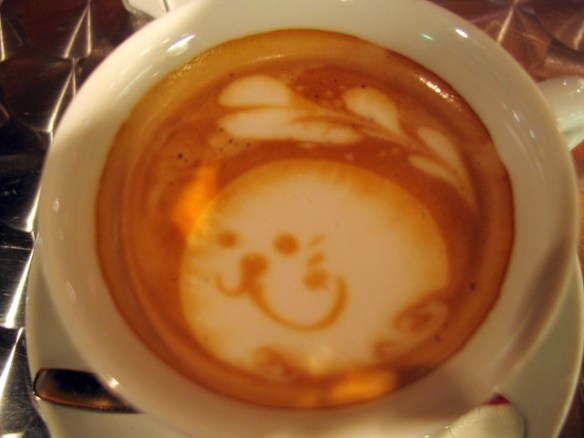 Tokyo coffee art - seal