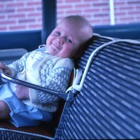 Yes, we did it: turning the car seat around before the age of 1