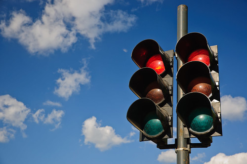 投資就像等紅綠燈