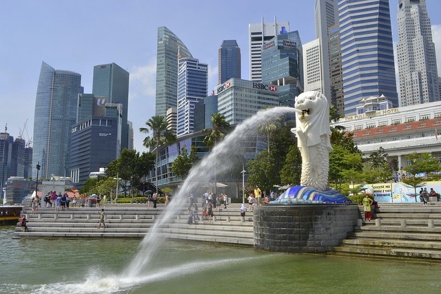 Write About Singapore _ Singapore Merlion