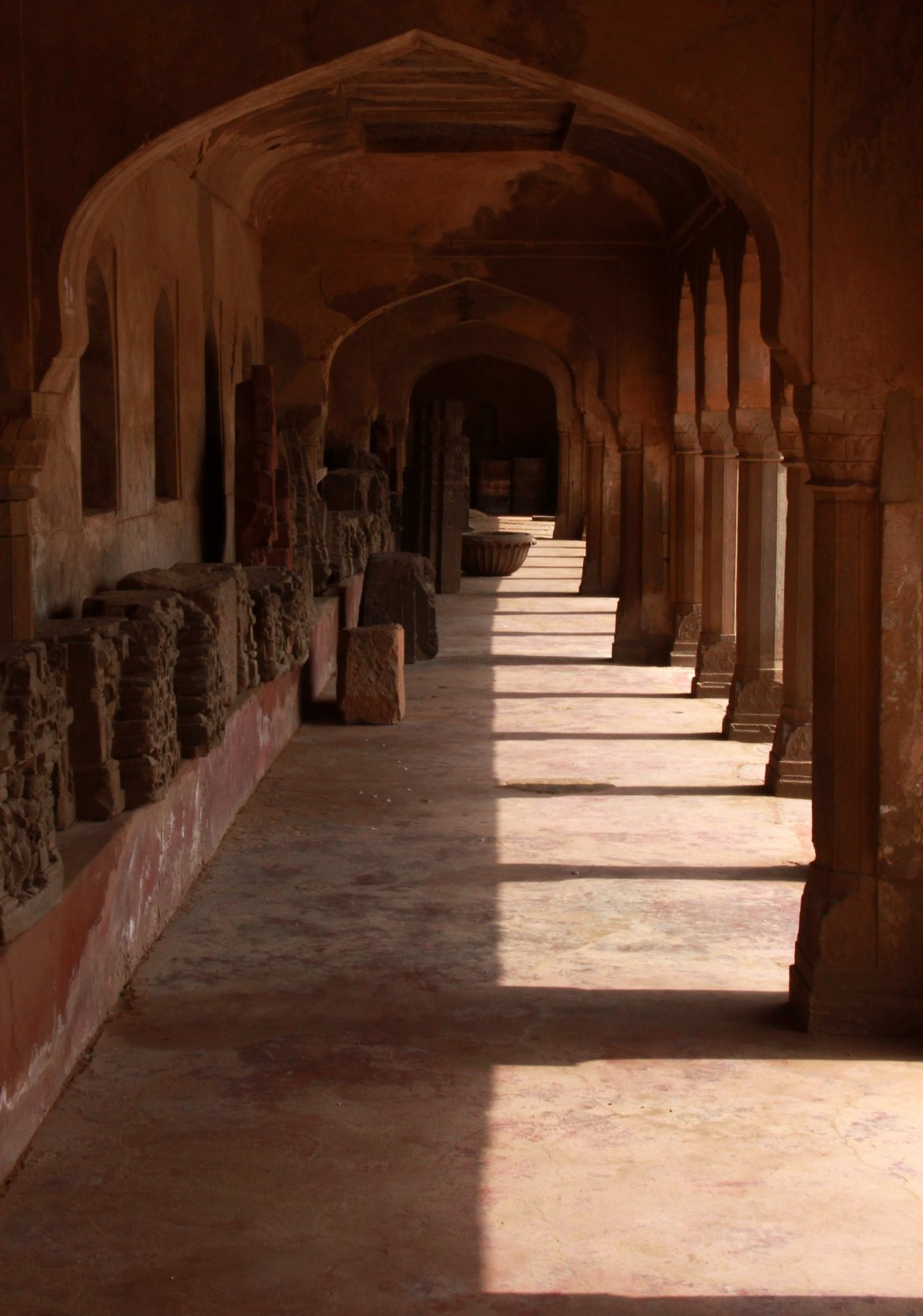 Galleries fit for the royalty to rest in summer at Abhaneri Stepwell