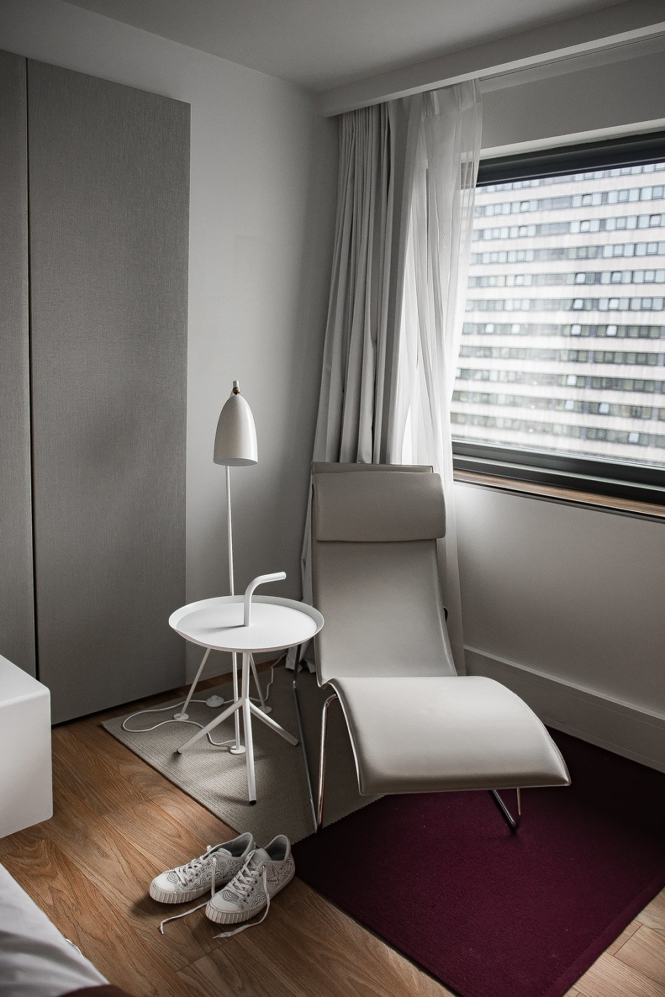 Philippe Model Paris Frankfurt Hotel Beige Renegade Bloggers Boyfriend-2