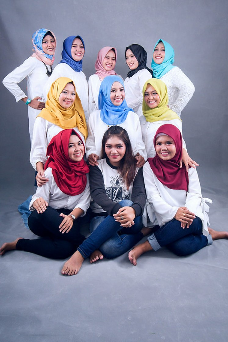 gofotovideo makeup artist / tata rias universitas negeri jakarta 0256
