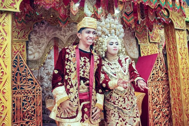 gofotovideo pernikahan adat minang di graha wredatama 153