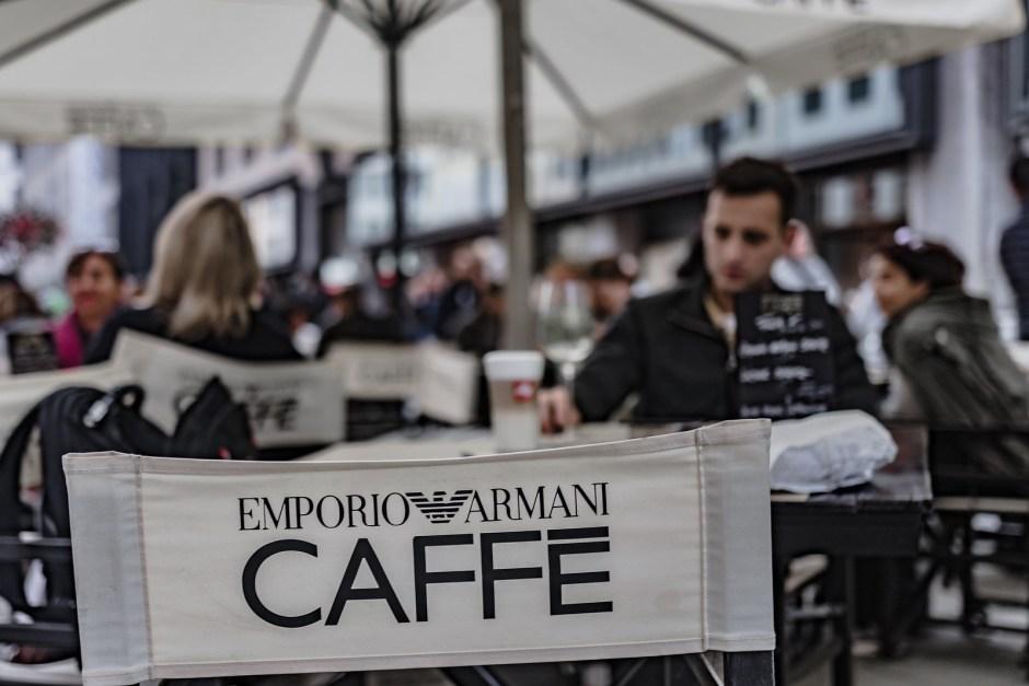 armani_cafe