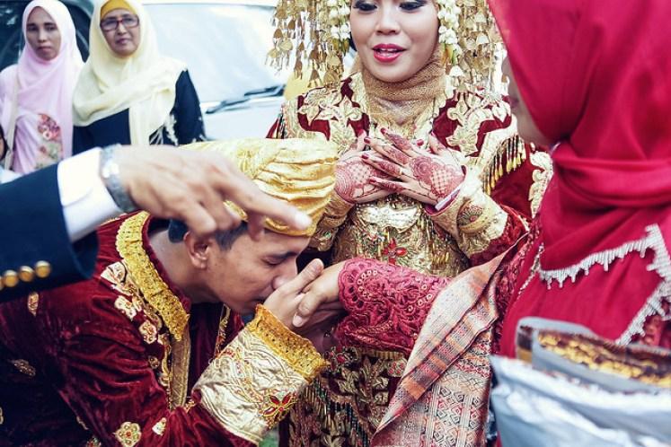 gofotovideo pernikahan adat minang di graha wredatama 156