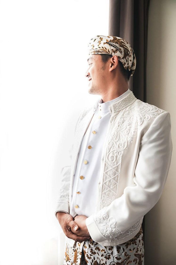 gofotovideo pernikahan outdoor adat jawa di rumah sarwono 215