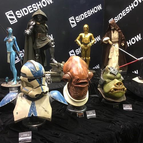 Sideshow Display