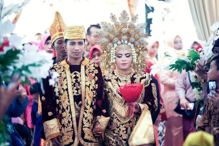 gofotovideo pernikahan adat minang di graha wredatama 157