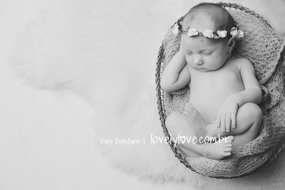 lovelylove-danibonifacio-newborn-ensaio-book-fotografia-foto-fotografa-acompanhamentobebe-gravida-gestante-balneariocamboriu-itajai-itapema-bombinhas-portobelo4