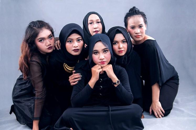 gofotovideo makeup artist / tata rias universitas negeri jakarta 0226