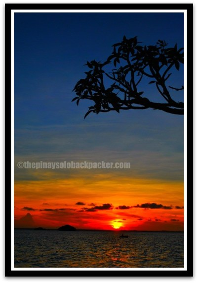 Hundred Islands sunset photo