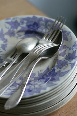 plates & forks