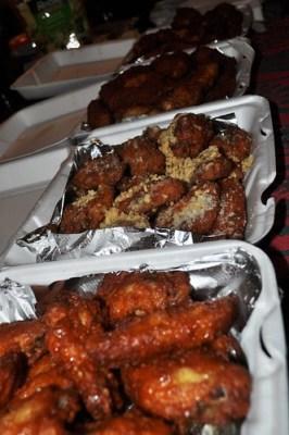 Wings from Sal's Lounge, Depew, N.Y., Dec. 2010