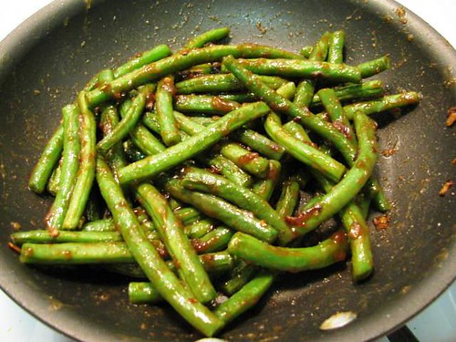 Easy Sides: Thai green beans in peanut sauce