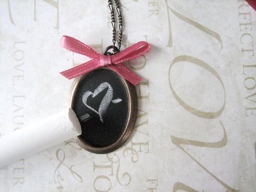 chalkboard necklace diy - finished!