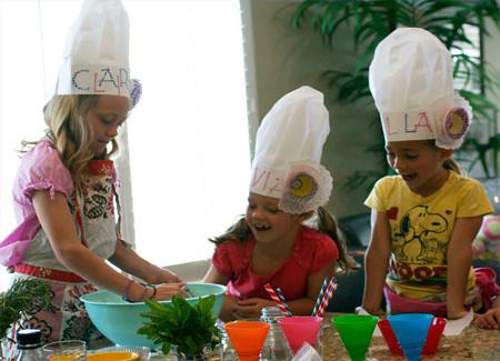 Girls making shortcake blog