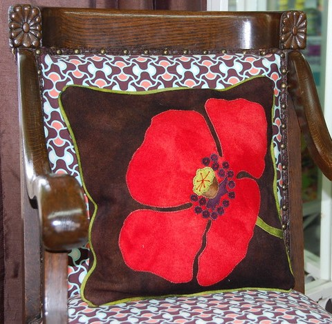 Thats one big poppy pillow